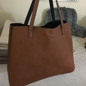 Cute reversible tote with liner